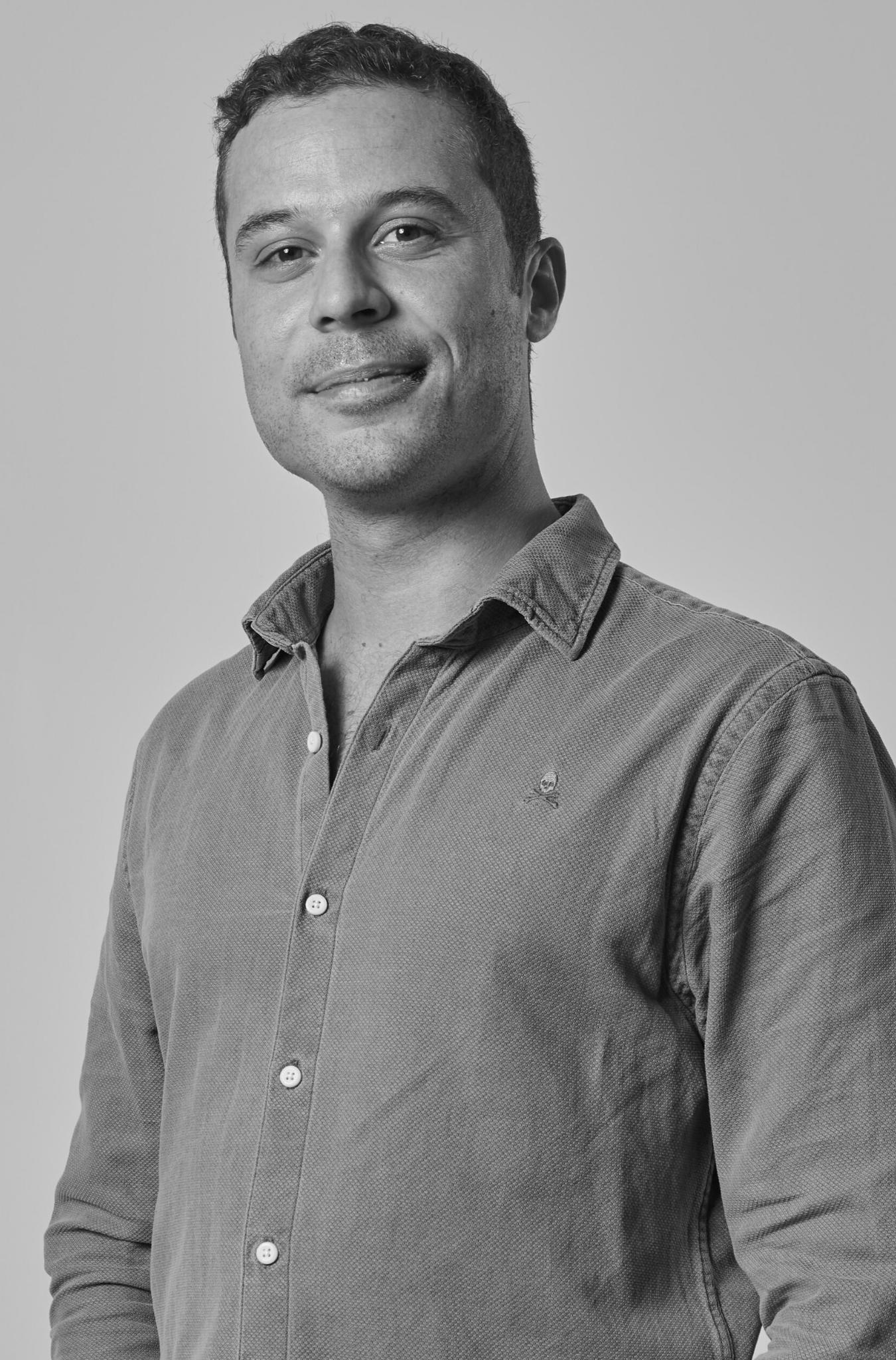 dentista-madrid-Antonio-Muscogiuri-PERIODONCISTA